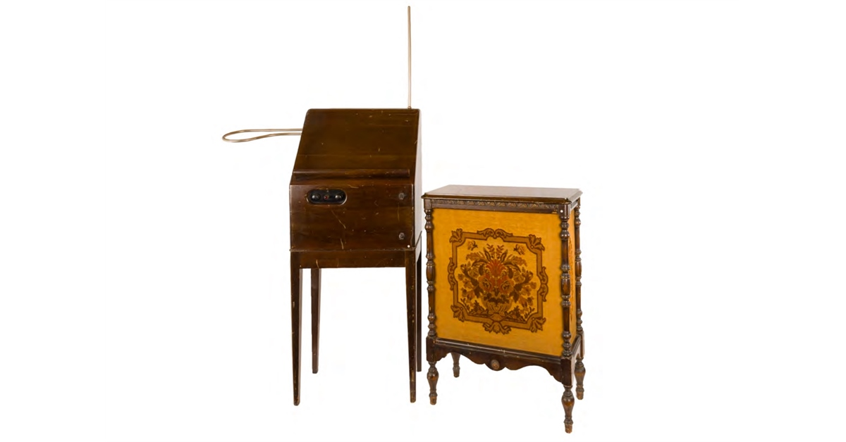theremin world rca theremin and model 106 speaker to be auctioned. Black Bedroom Furniture Sets. Home Design Ideas