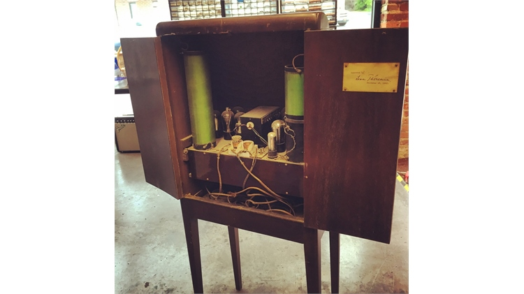 Original 1930's theremin built by Leon Theremin