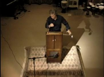 Peter Pringle plays White Christmas on Sam Hoffman's 1929 RCA Theremin