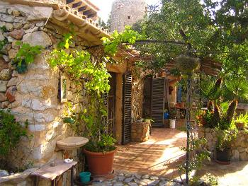 Stone cottage in Mallorca