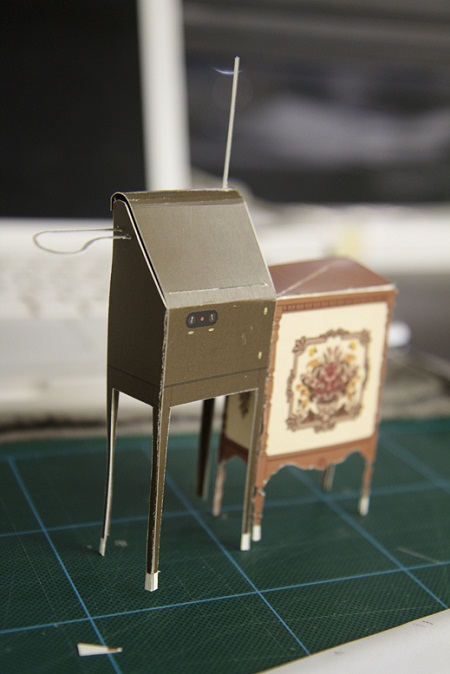 Mike Buffington's paper RCA theremin
