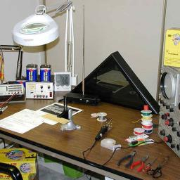 My first approach used two Radio Shack AM radio kits - 2002