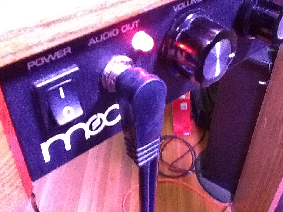 Mr Mute dual mode LED in mute condition.